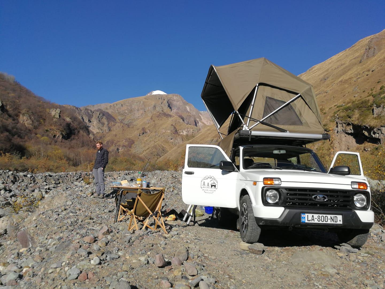 Lada Niva rental Georgia with roof top tent